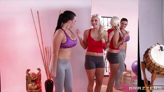 Brazzers – Hot & mean yoga instructor seduces her student