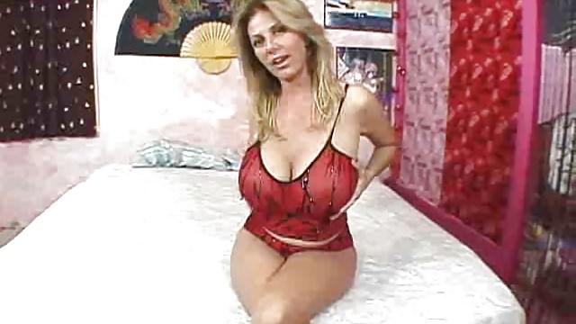 hot milf big boobs